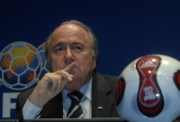 Fifa in crisis amid corruption arrests and World Cup voting inquiry – as it happened