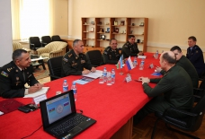 Azerbaijani, Russian military specialists hold working meeting