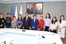 Seven students of Baku Higher Oil School to study in Spain