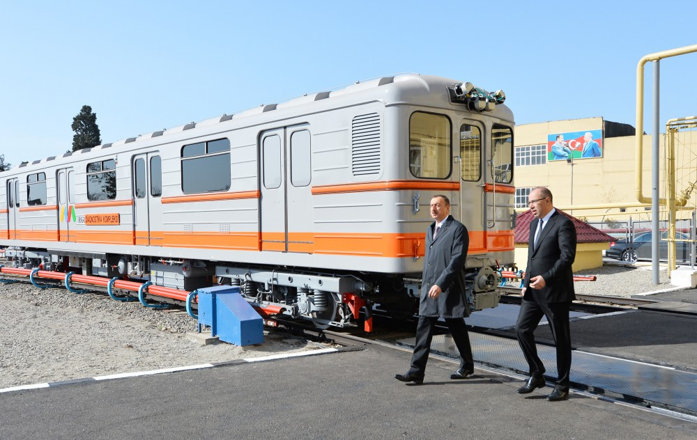 President Ilham Aliyev reviewed newly-delivered metro trains VIDEO