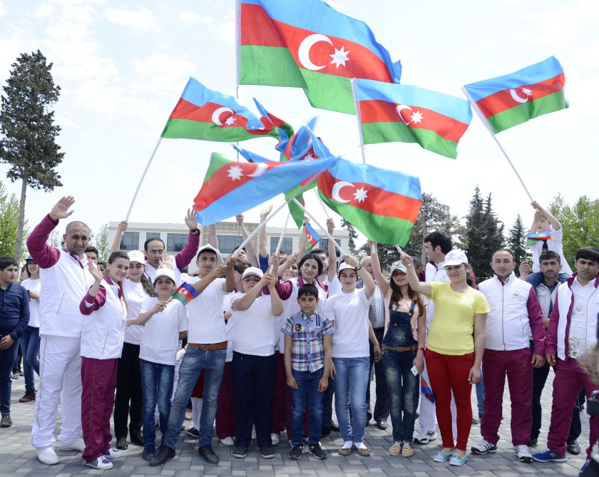 Bilasuvar is the next stop on the journey of Baku 2015 flame VIDEO