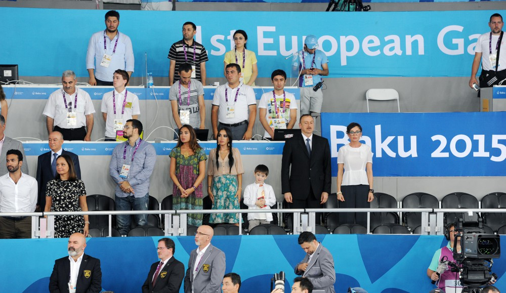 President Ilham Aliyev presented Azerbaijan`s 13th gold medal to winner of the First European Games Radik Isayev VIDEO