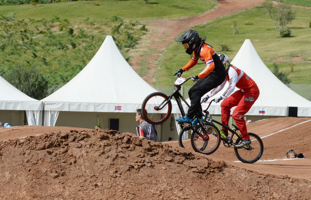 Smulders' strategy pays dividend in women's BMX