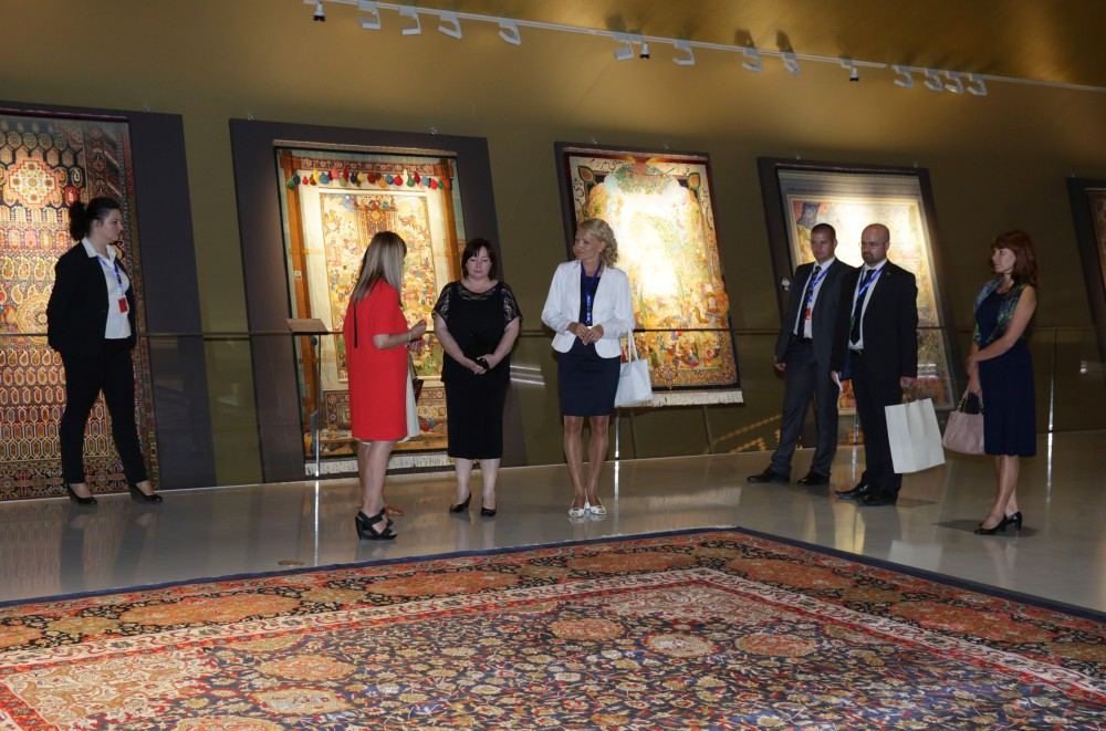 First lady of Czech Republic visits Azerbaijan Carpet Museum