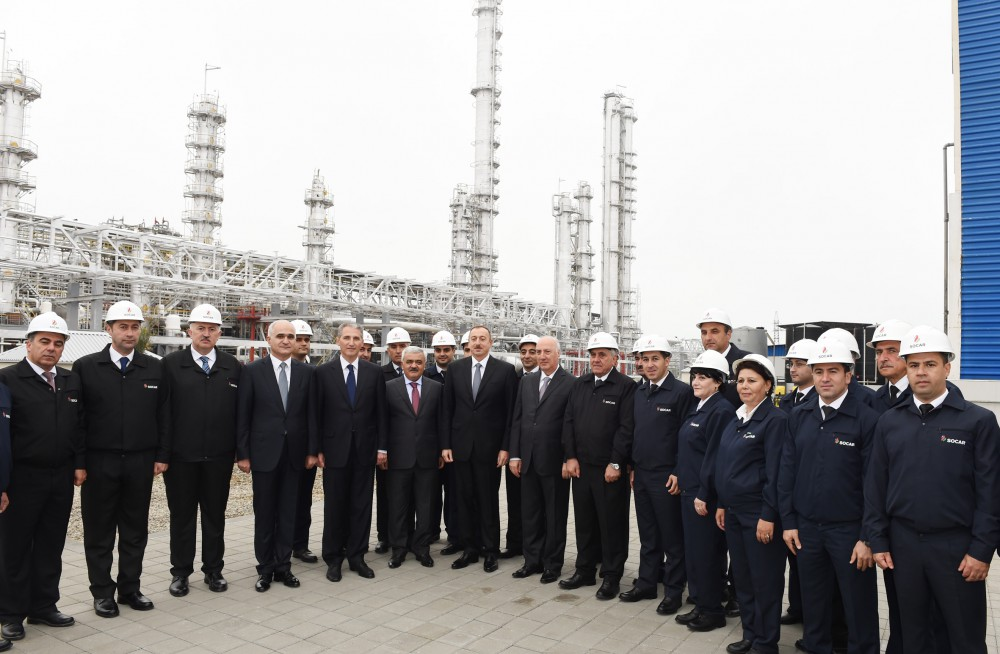 President Ilham Aliyev launched new installations in the Ethylene and Polyethylene Plant in Sumgayit VIDEO