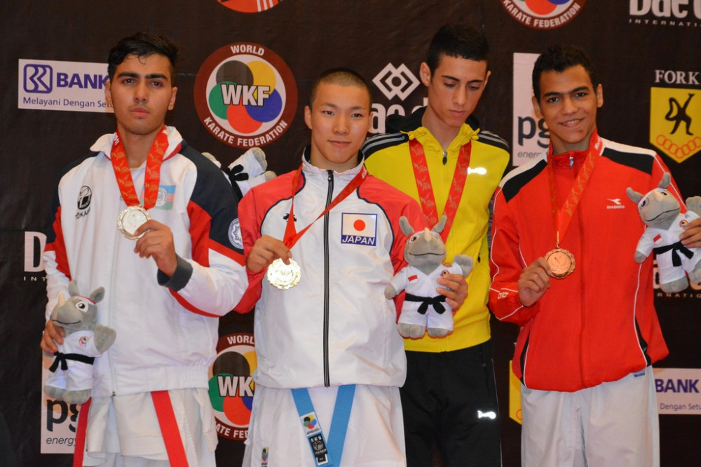 Azerbaijani karate fighters claim 2 more medals in Jakarta