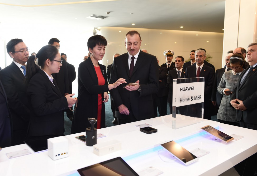President Ilham Aliyev visited Exhibition Centre of Huawei Company in Beijing VIDEO