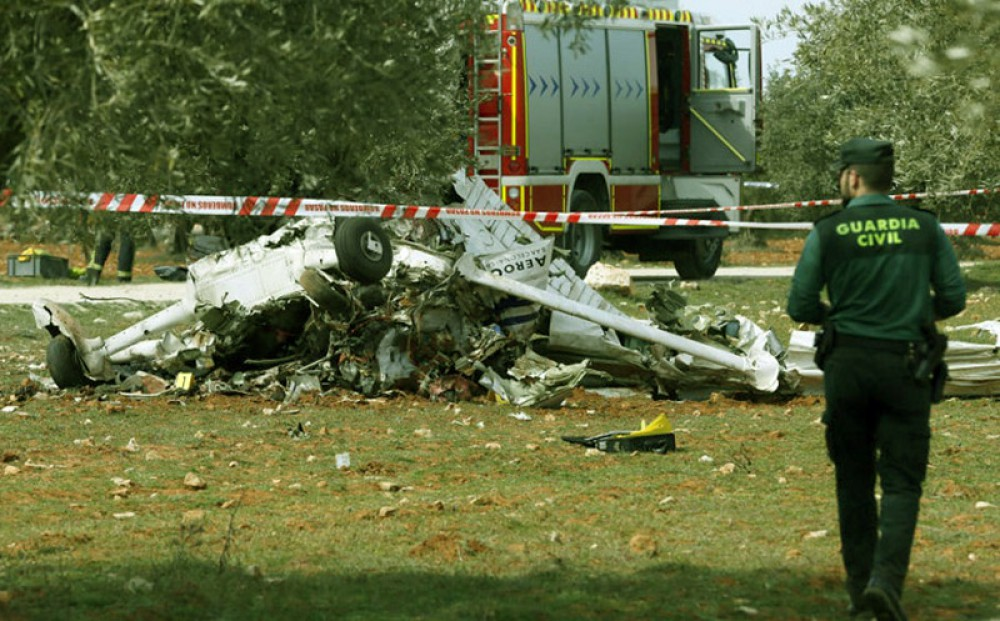 Three die as light aircraft crashes close to Madrid