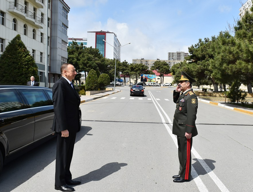 President Ilham Aliyev visited wounded servicemen at Central Military Clinical Hospital of Defense Ministry VIDEO