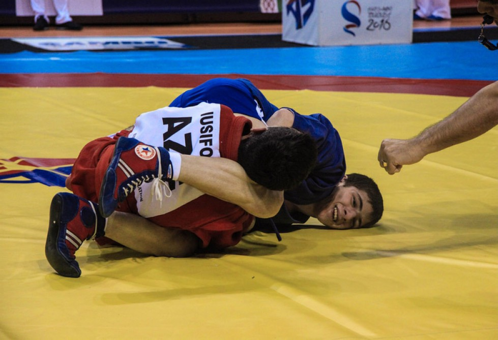 Azerbaijani sambo fighters win 8 medals at European Championship