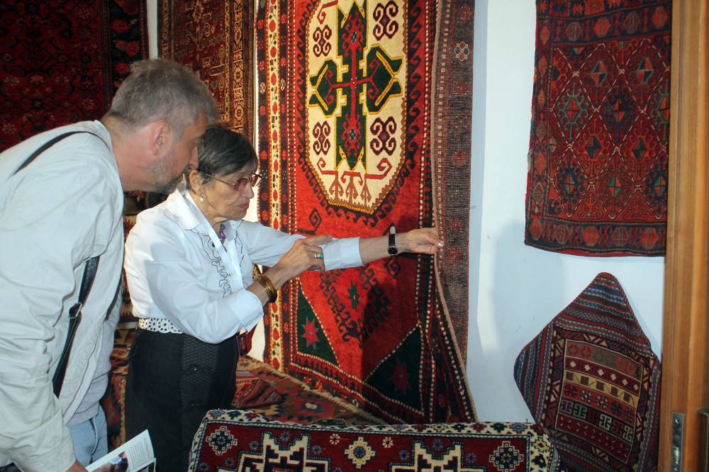 Azerbaijan`s carpet tradition promoted at international festival in Georgia