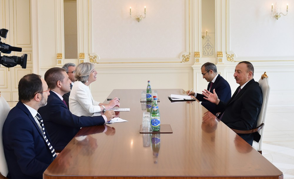 President Ilham Aliyev received delegation led by Italian Minister of Education, University and Research [UPDATED ] VIDEO