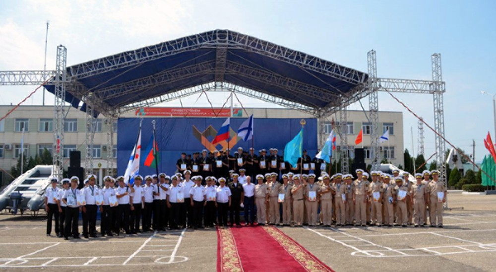 Azerbaijani military seamen awarded at Caspian Cup 2016 competition