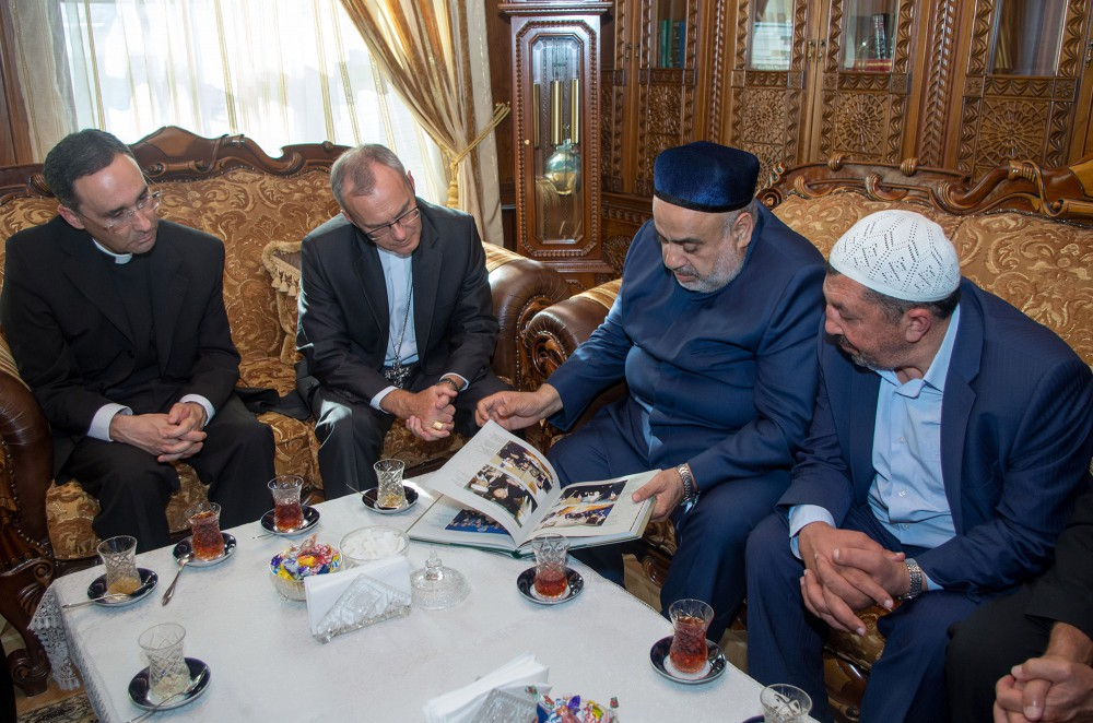 Vatican, Caucasus Muslims Board discuss how to develop religious relations