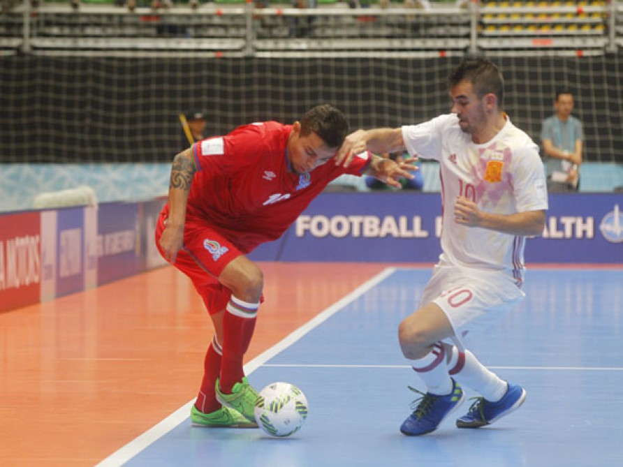 Azerbaijan lose to Spain in FIFA Futsal World Cup