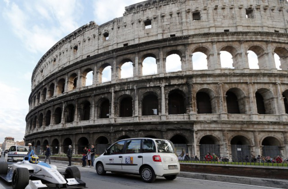Rome's bid to host Olympics 2024 all but over after mayor refuses to back it