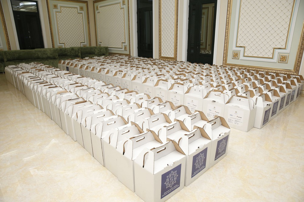 Heydar Aliyev Foundation distributes holiday gifts to over 165,000 low-income families