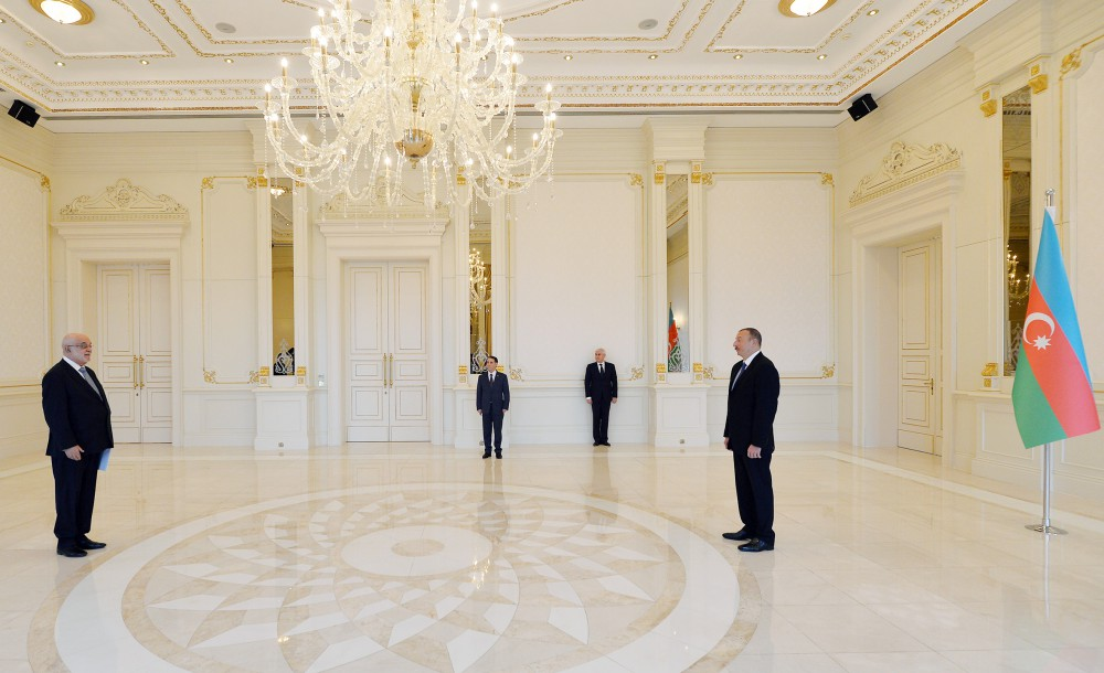 President Ilham Aliyev received credentials of incoming Peruvian Ambassador VIDEO