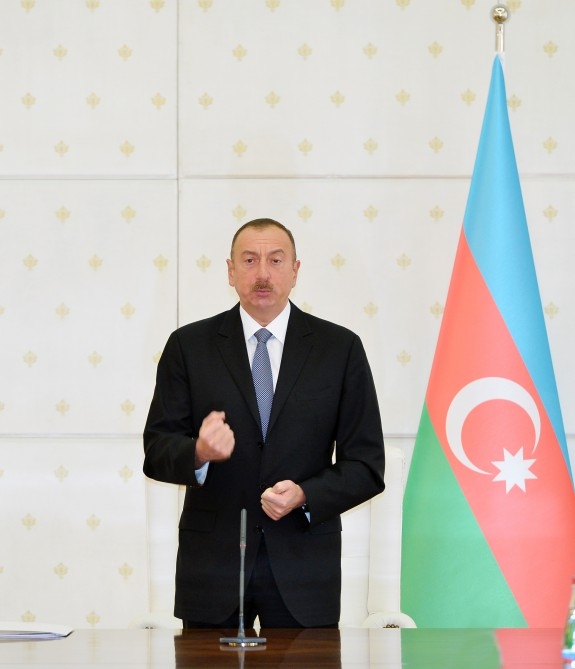 President Ilham Aliyev chaired meeting of Cabinet of Ministers dedicated to results of socioeconomic development of 2016 and objectives for future VIDEO