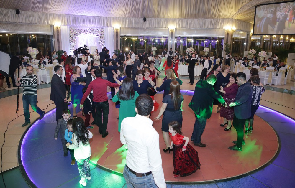 Wedding ceremony of youth deprived of parental care was heldCeremony was arranged under initiative of president of Heydar Aliyev Foundation