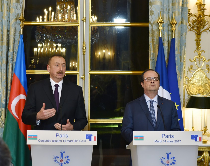 President Ilham Aliyev and President Francois Hollande made press statements VIDEO