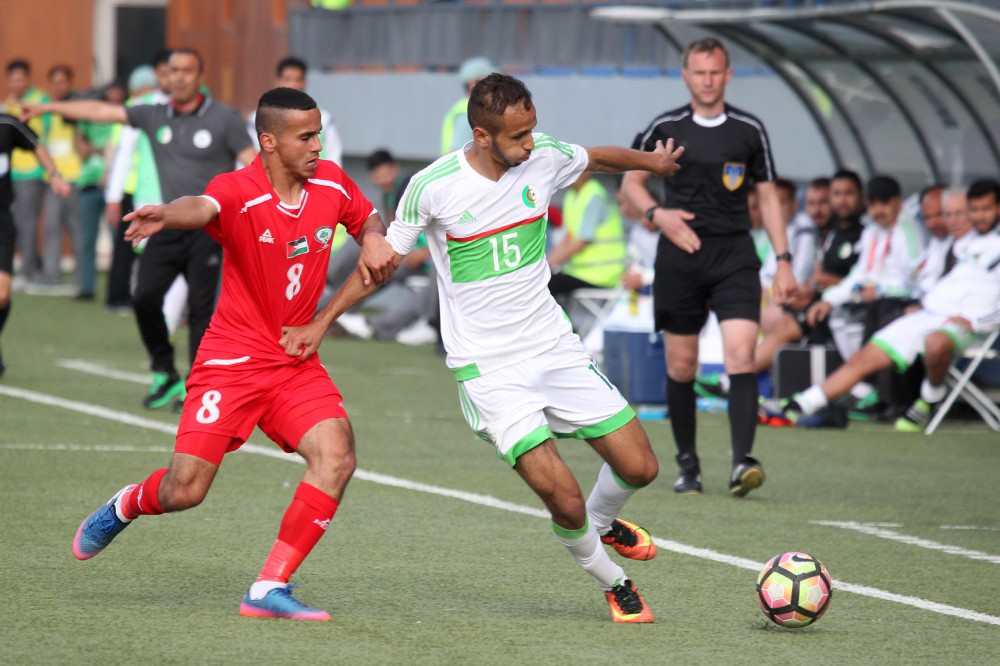 Algeria beat Palestine to book semi-final spot