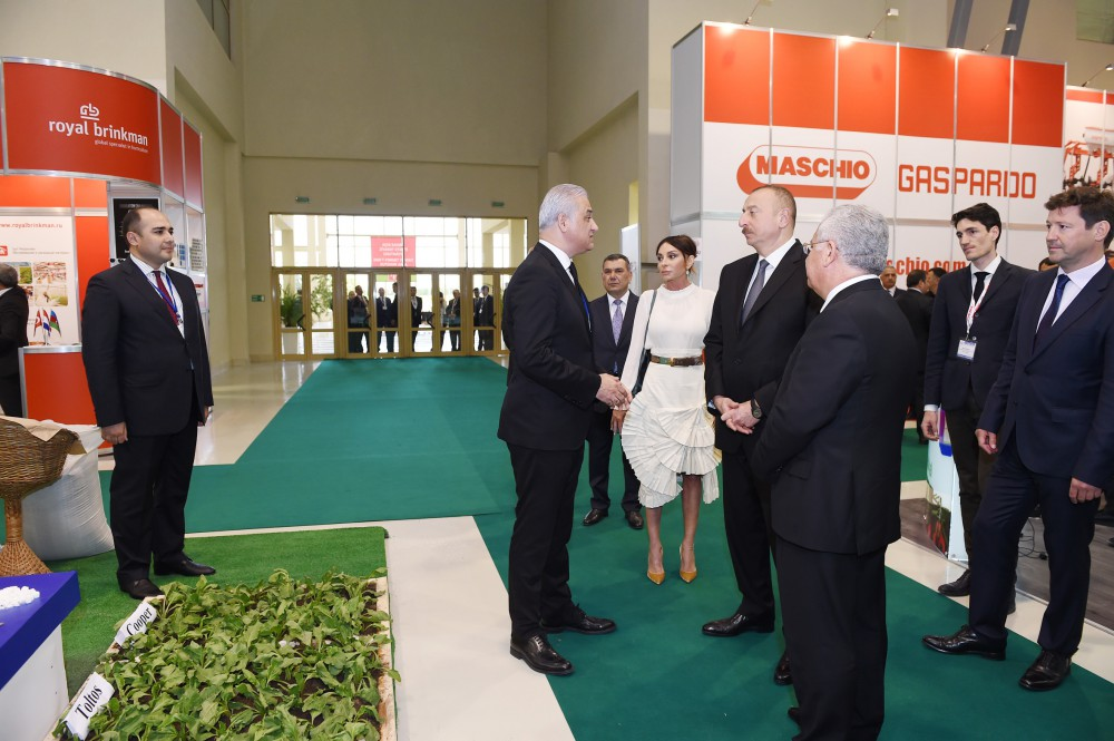 President Ilham Aliyev viewed 22nd World Food Azerbaijan 2017 and 11th CaspianAgro 2017 exhibitions VIDEO