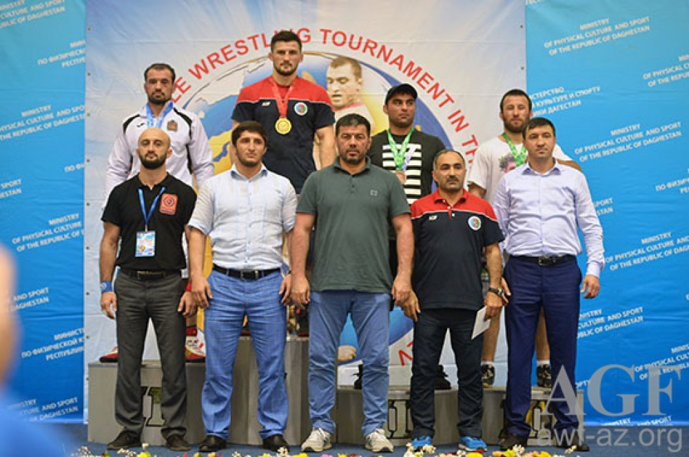 Azerbaijani freestyle wrestlers grab 8 medals at Dagestan tournament