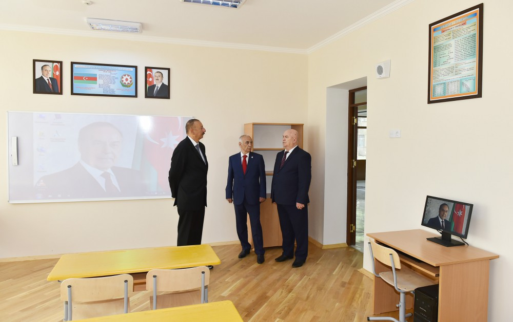 President Ilham Aliyev viewed conditions created at new block of secondary school No 257 in Baku VIDEO