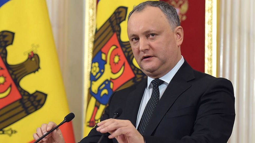 Moldovan president calls on government to resign