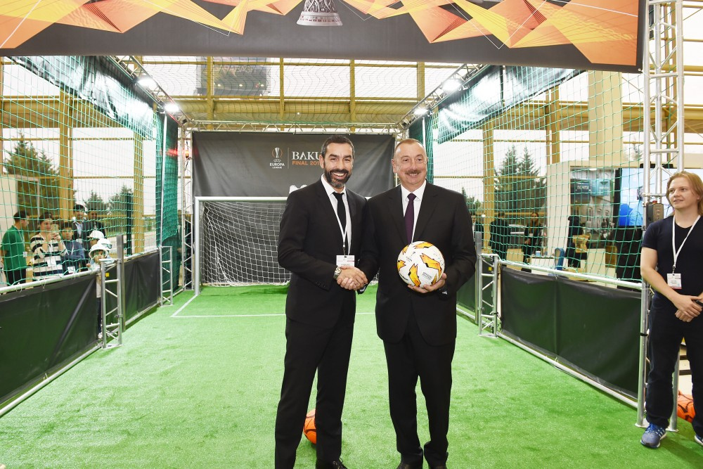 President Ilham Aliyev viewed Bakutel 2018 exhibition VIDEO