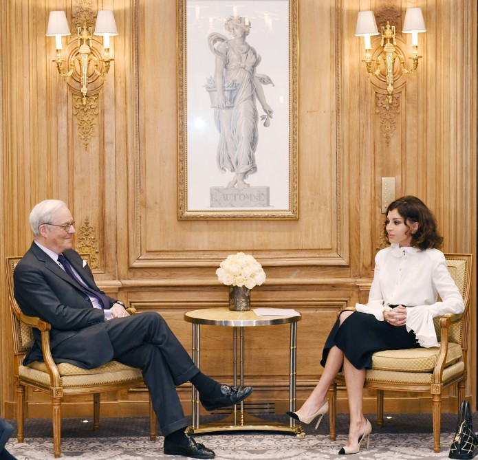 First Vice-President of Azerbaijan Mehriban Aliyeva met with chairman of Rothschild Global Financial Advisory