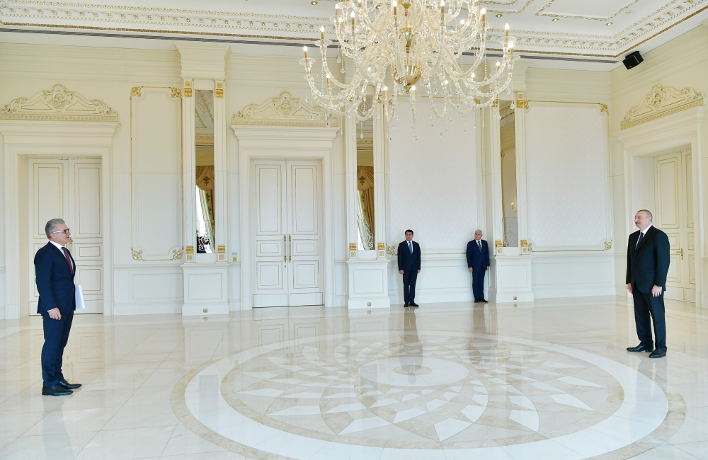 President Ilham Aliyev received credentials of incoming Croatian ambassador VIDEO