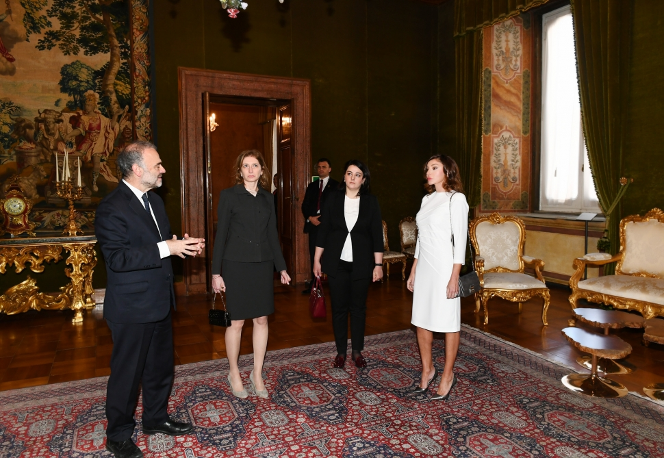 First lady Mehriban Aliyeva viewed Quirinale Palace in Rome VIDEO