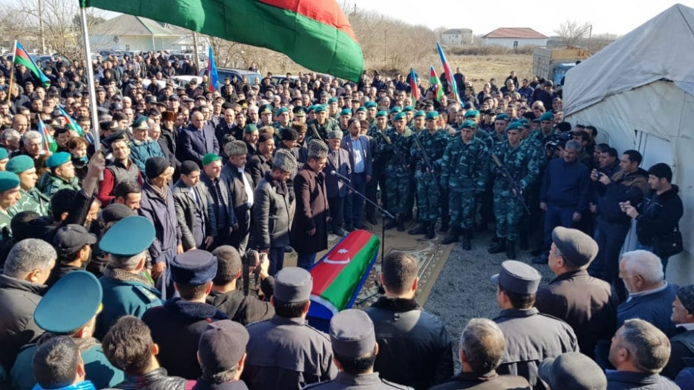 Martyred Azerbaijani border guard laid to rest