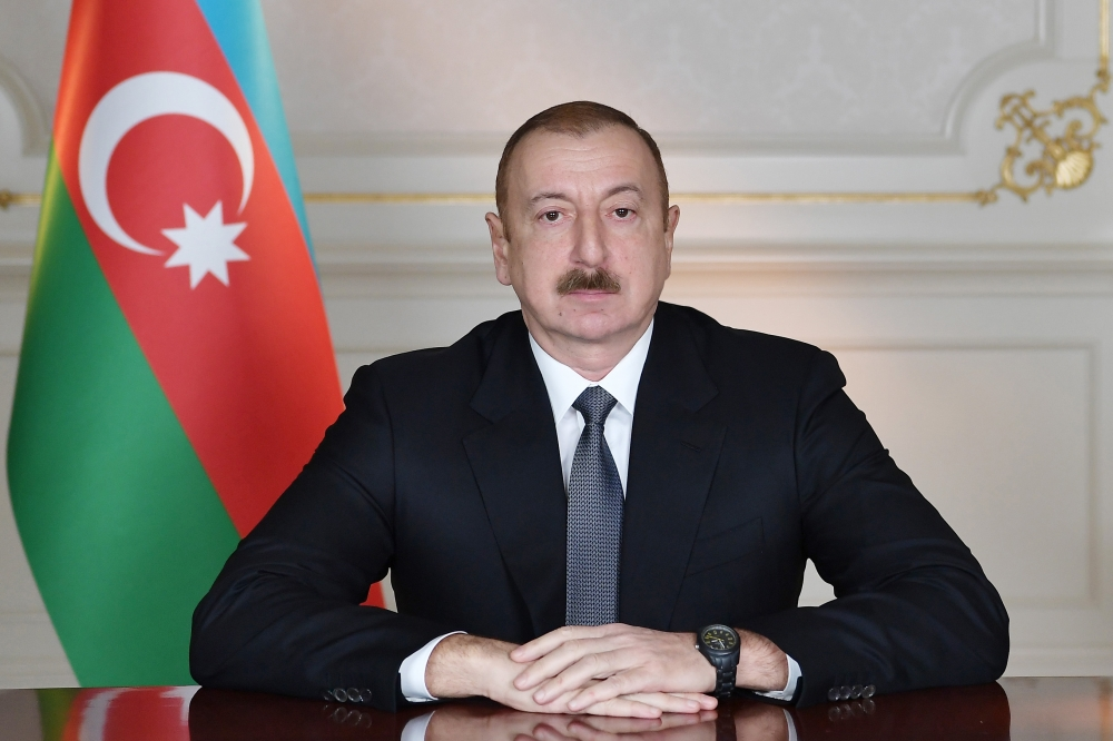 President Ilham Aliyev congratulates Yoshihide Suga on his election as Japanese Prime Minister