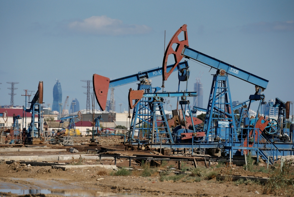 Azerbaijani oil sells for nearly $49