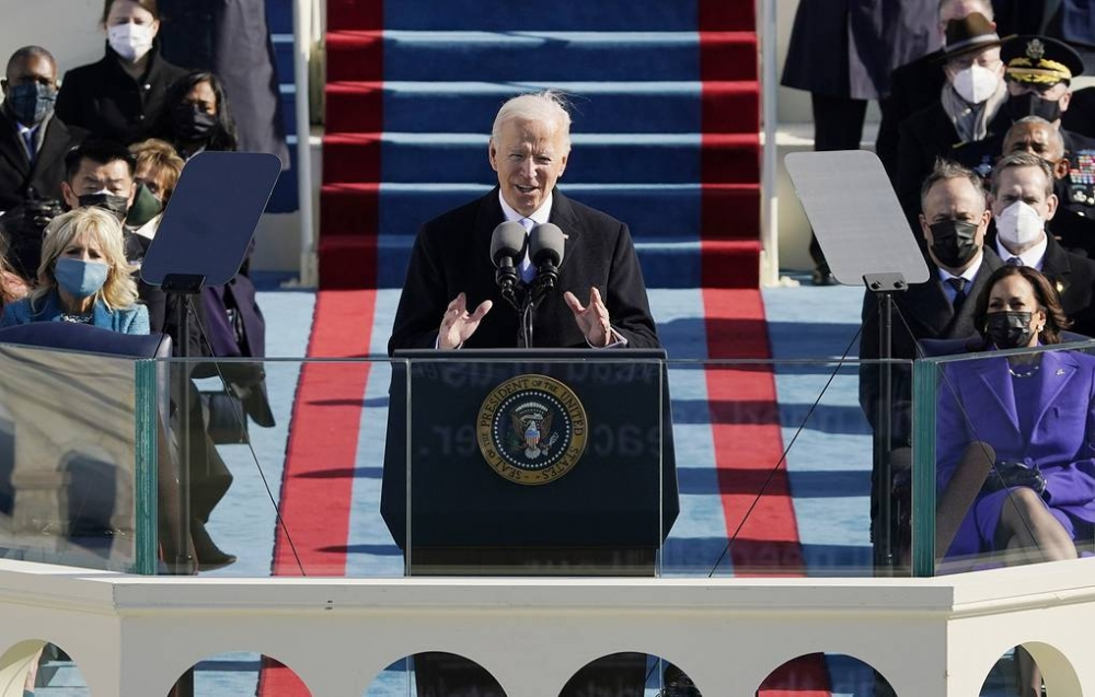 Biden sworn-in to office as Trump leaves for Florida VIDEO