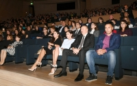 Heydar Aliyev Center hosts creative evening of famous humorist Maxim Galkin President Ilham Aliyev and first lady Mehriban Aliyeva watched the creative evening