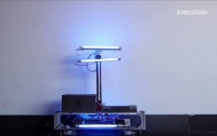 A UV bacteria-killing robot